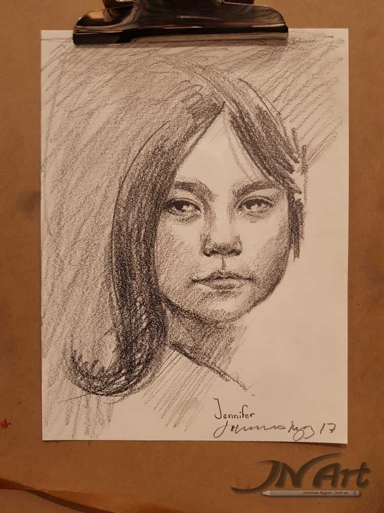 Drawn portrait live